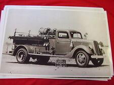 1937 FORD FIRETRUCK HOWE PUMPER   11 X 17  PHOTO /  PICTURE