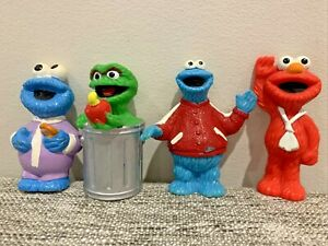Sesame Street Figures *LOT OF 4* Collectible - Elmo, Cookie Monster And Oscar