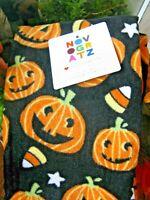 New Novogratz Halloween Pumpkins & Candy Corn Kitchen Towels Set