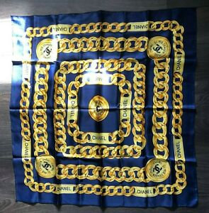 Lovely  CHANEL PARIS 31 Rue Cambon Scarf  blue gold (B1)