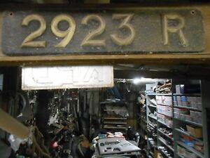 VINTAGE OLD CAR NUMBER PLATE 2923 R