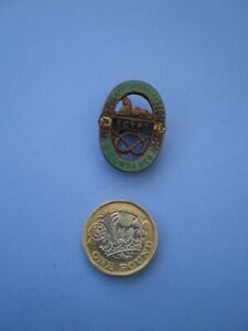 An Early South Staffordshire Regiment Old Comrades Lapel Badge