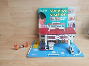 Vintage Fold Up ESSO Service Station Wooden Toy Garage Petrol Pump - With Box