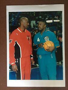 Michael Jordan CHICAGO BULLS 8 1/2 x 12 - Type III Photo!