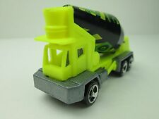 Hot Wheels Mattel, Inc. 1991 Cement Truck Green Made in Malaysia (Loose Item)