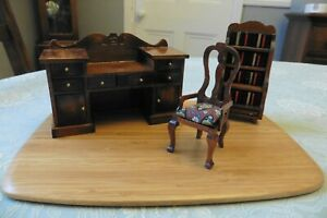 JOB LOT OF DOLLS' HOUSE FURNITURE FOR STUDY 1:12 SCALE