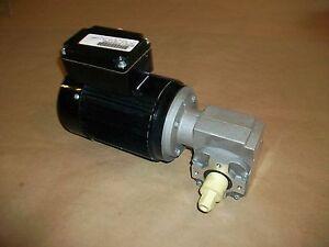 Bodine Gear Motor 42Y6BFFPP 240/480VAC  w/ Bosch Gear Head  20rpm  15Nm