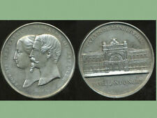EUGENIE IMPERATRICE   NAPOLEON III EMPEREUR   ( grosse médaille )