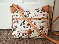 Disney Dooney & Bourke Mickey Minnie Christmas Woodland Holiday cream bag purse