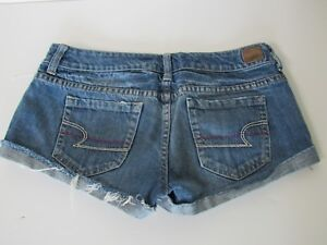 American Eagle Junior Womens Distressed Denim Cuffed Jean Shorts size 4 new