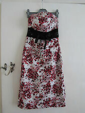 Stretchy White Red Black Sleeveless Jane Norman Dress in Size 8