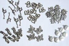 lot de 49 breloques charms pendentifs perle scrapbooking