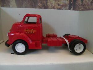1/43 Ertl 1950 CHEVY SEMI CAB  truck