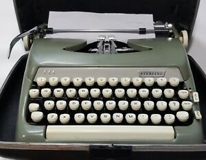 1963 Smith Corona Sterling Typewriter Avocado Green With Case