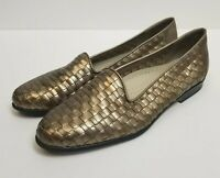 Trotters Low Heel Leather Slip On Size 7.5N