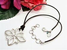 Neat! NINE WEST VINTAGE AMERICA Silvertone & Leather Flower Pendant Necklace!