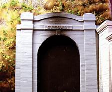 Chooch (Ho-Scale) #8321 Cascade Tunnel Portal - Single-Track - Nib