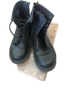 Dr Marten Delaney Black Boot 2