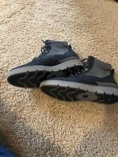 TIMBERLAND Kenniston Mid Hiking Boots-brand new Sz: Women 9