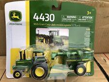 ERTL 1:64 John Deere 4430 Tractor   w/  JD 500 Grain Cart