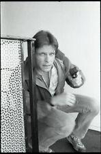 MARC SINGER HOLDS GUN V THE VISITORS RARE ORIGINAL 1984 NBC TV PHOTO NEGATIVE