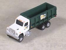 N Scale Green WM Dumpster Truck