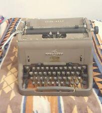 Antique Underwood Typewriter Cast Iron Army Green P29760 no. 11 ? Remington Rand