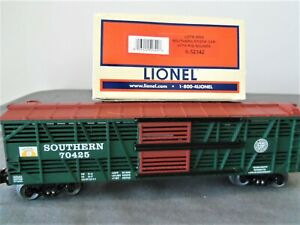 Lionel 6-52342 Southern Stock Car with Pig Sounds