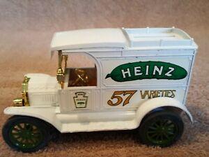 """ERTL Ford 1913 Model """"T"""" Van """"Heinz 57 Varieties"""" Bank w/ Key Die Cast Met. 1/25"""