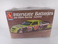 1992 AMT / ERTL--INTERSTATE BATTERIES JOE GIBBS NASCAR CAR--MODEL KIT (NEW)