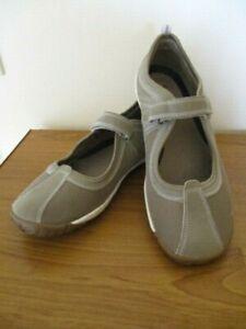 "Portland ""Feels Good"" Red Comfort Shoes Flat Sneaker Size US 10"