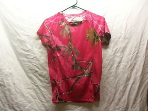 Woman's RealTree T- Shirt - Pink Camo -Dri-More Tech Fabric- Size M 8-10 - LN -