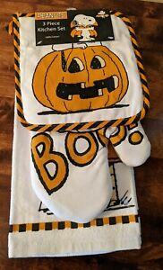PEANUTS Halloween Snoopy Kitchen Towel, Potholder & Oven Mitt Set