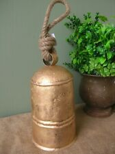 LARGE COUNTRY GOLD METAL AND ROPE COW BELL HOME DECOR