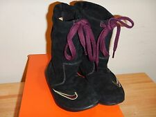 NEW NIKE Refresh Sz 7 Winter Lea Womens Snow Boots Black Pull On Burgundy Suede