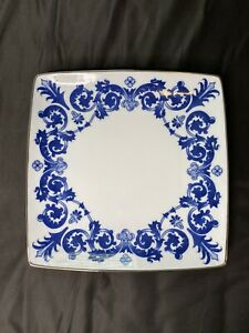 "Bombay Blue Scroll Floral Platinum Trim Dinner Plate 11-1/4"""