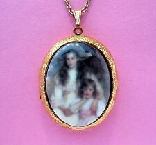 Porcelain Big & Little SISTERS CAMEO Locket Pendant Necklace for Valentine Gift