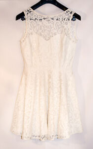 CREAM LACE FORMAL PARTY DRESS WITH A DROP BACK SIZE 14 NEW