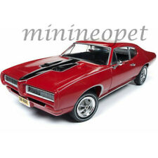 AUTOWORLD AMM1153 1968 PONTIAC ROYAL BOBCAT GTO HARD TOP 1/18 DIECAST SOLAR RED