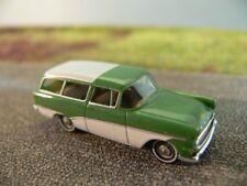 1/87 Brekina Opel Rekord P1 Caravan grün/weiß 20034