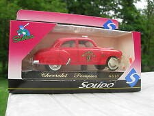 SOLIDO 1/43 METAL CHEVROLET POMPIER serie age d'or 4518