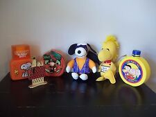 LOT OF PEANUTS GANG SNOOPY Collectible PLUSH, EARRING STAND HOLDER, CANTEEN ++