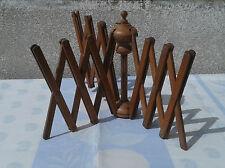 Objet en bois couturiere denteliere vieux tissus art pop, old french tools