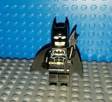 LEGO Superheroes Batman Minifigure Black suit gold Original correct type 1 cowl