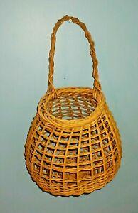Vintage Wicker Basket Wall Hanging Fruit Basket Pocket Handle Farmhouse