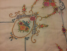 Vintage Hand embroidered card table cloth w/ 4 matching napkins basket flowers