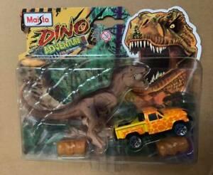 Maisto  Dino Adventure Playset Includes Dinosaur Toy & DieCast Car