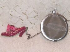 TEA BALL INFUSER WITH ADORABLE VINTAGE STYLE PINK SHOE CHARM EUC