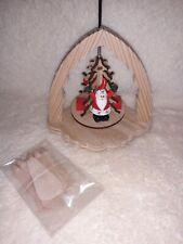 Weihnachtspyramide / Deko Pyramide / Weihnachtsmann