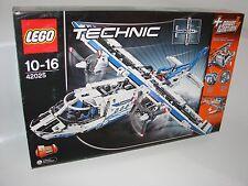 LEGO® Technic 42025 Frachtflugzeug NEU 2te Wahl _Cargo Plane NEW 2nd choice